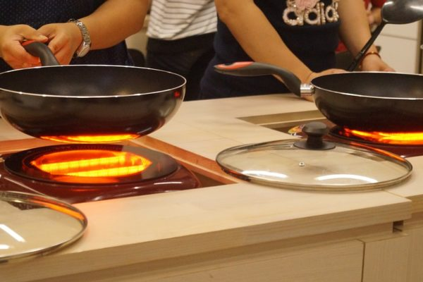 Op gas of inductie koken? De voor- en nadelen op een rijtje!