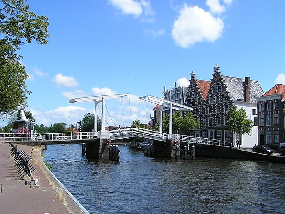 Haarlem is ideale uitvalsbasis om de Amsterdamse drukte te ontwijken