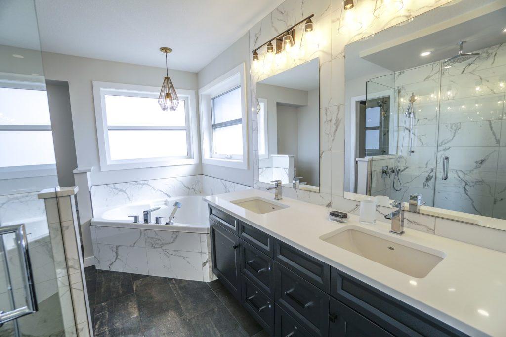 5 tips voor marmer in de badkamer